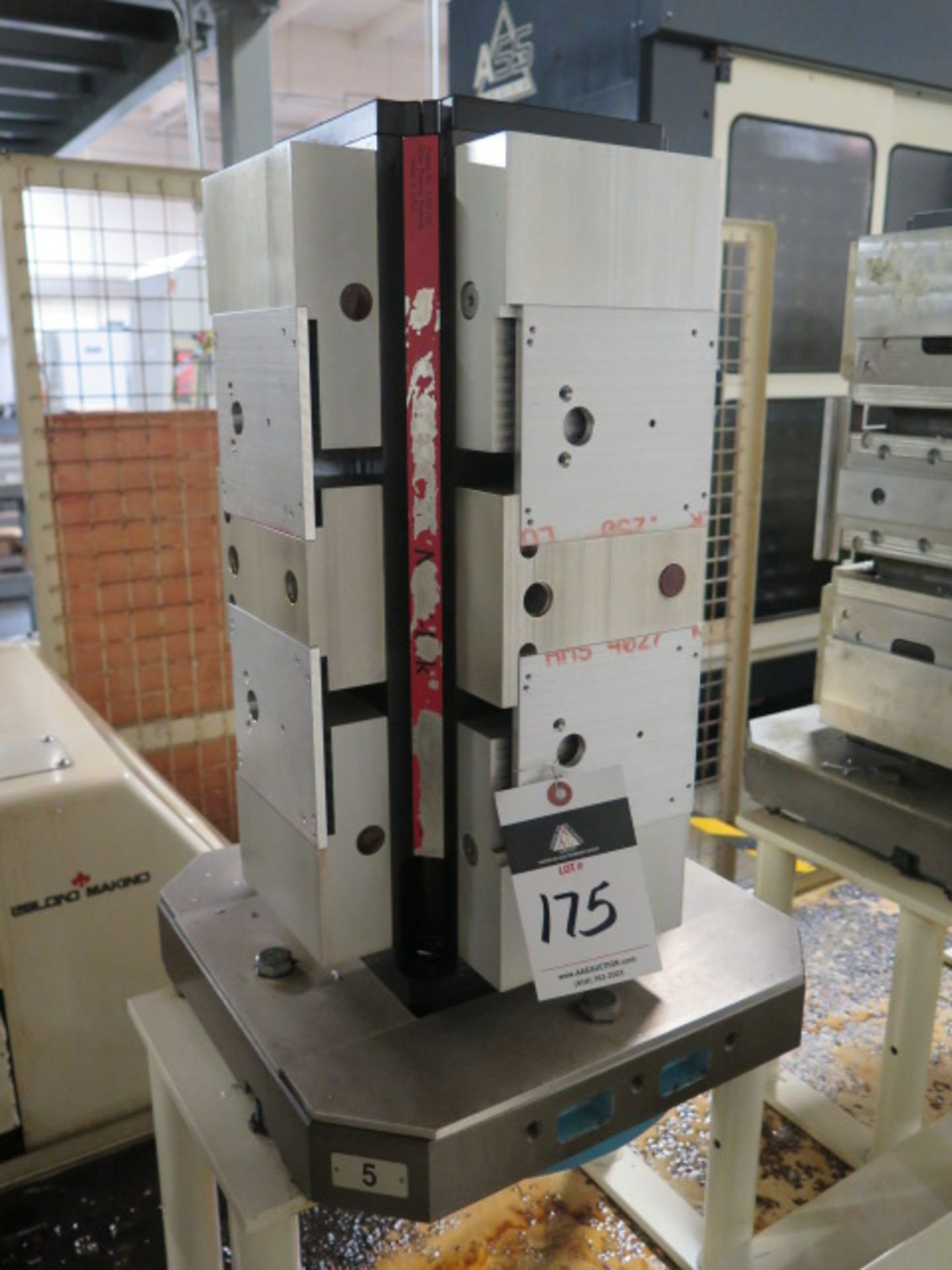 "Lot 175 - Chick 4-Position 6"" Cluster Tombstone w/ Makino Pallet"