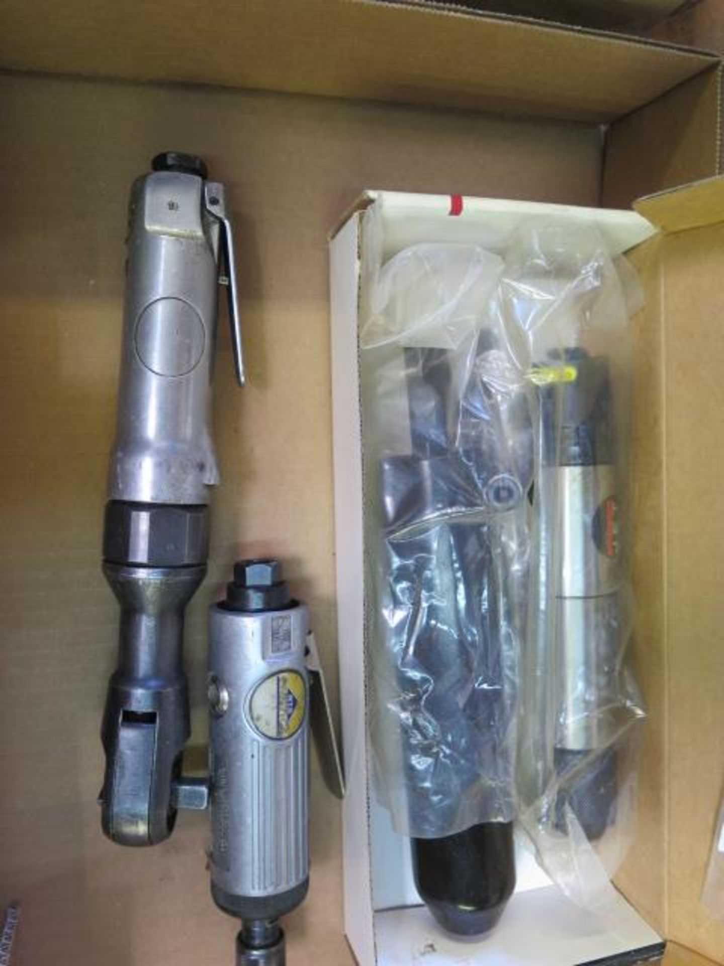 Lot 10 - Pneumatic Scaler, Pin Grinder and Ratchet Wrench (SOLD AS-IS - NO WARRANTY)