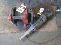 "Rigid 2 1/2""-4"" Pipe Threader w/ Power Unit (SOLD AS-IS - NO WARRANTY)"