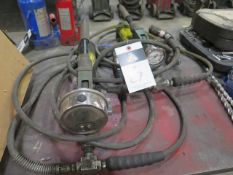 Simplex Hydraulic Pumps and Rams (2) (SOLD AS-IS - NO WATRRANTY)