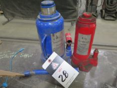 20-Ton and 8-Tom Hydraulic Bottle Jacks (2) (SOLD AS-IS - NO WATRRANTY)