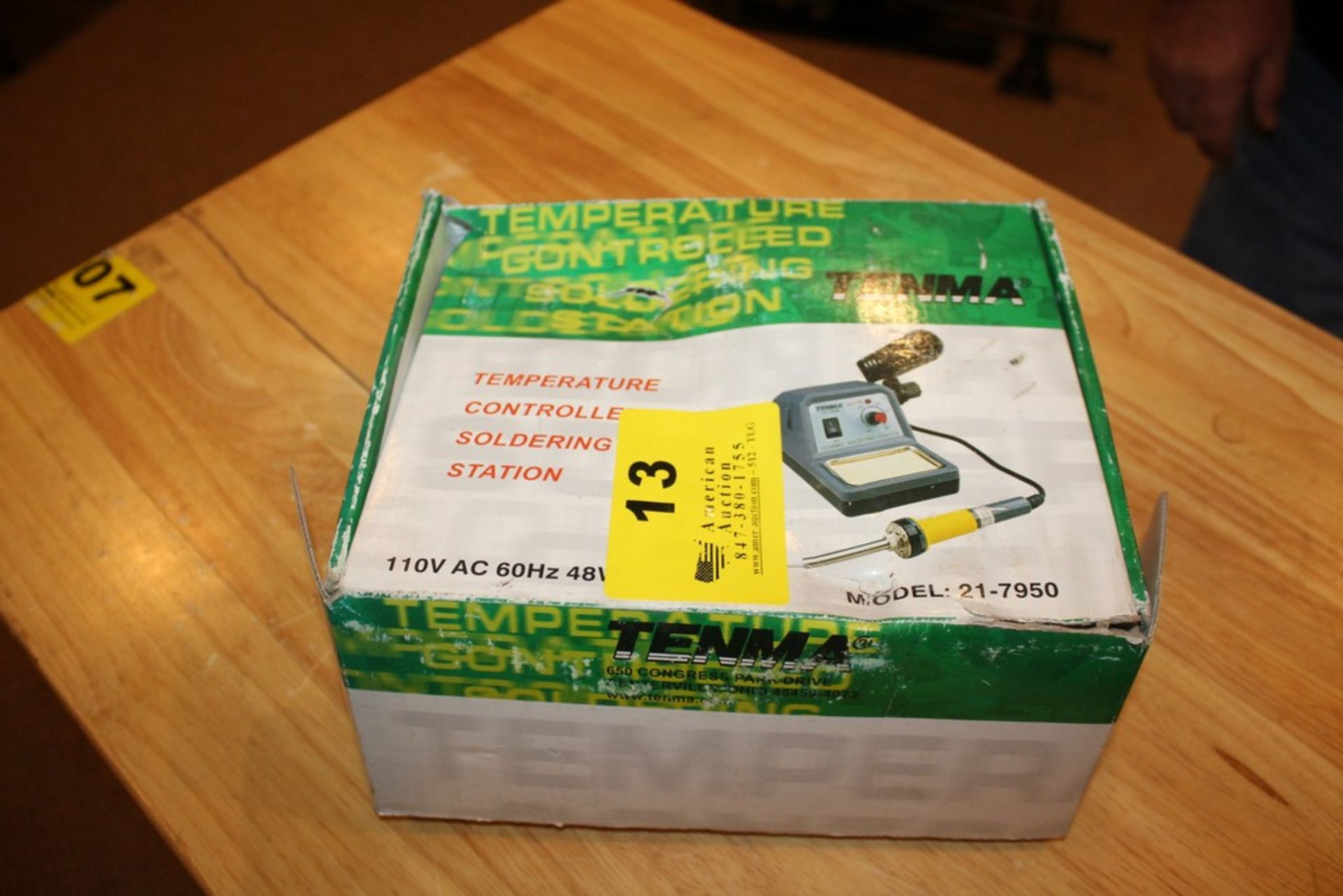 Lot 13 - TENMA TEMPERATURE CONTROLLED SOLDERING STATION