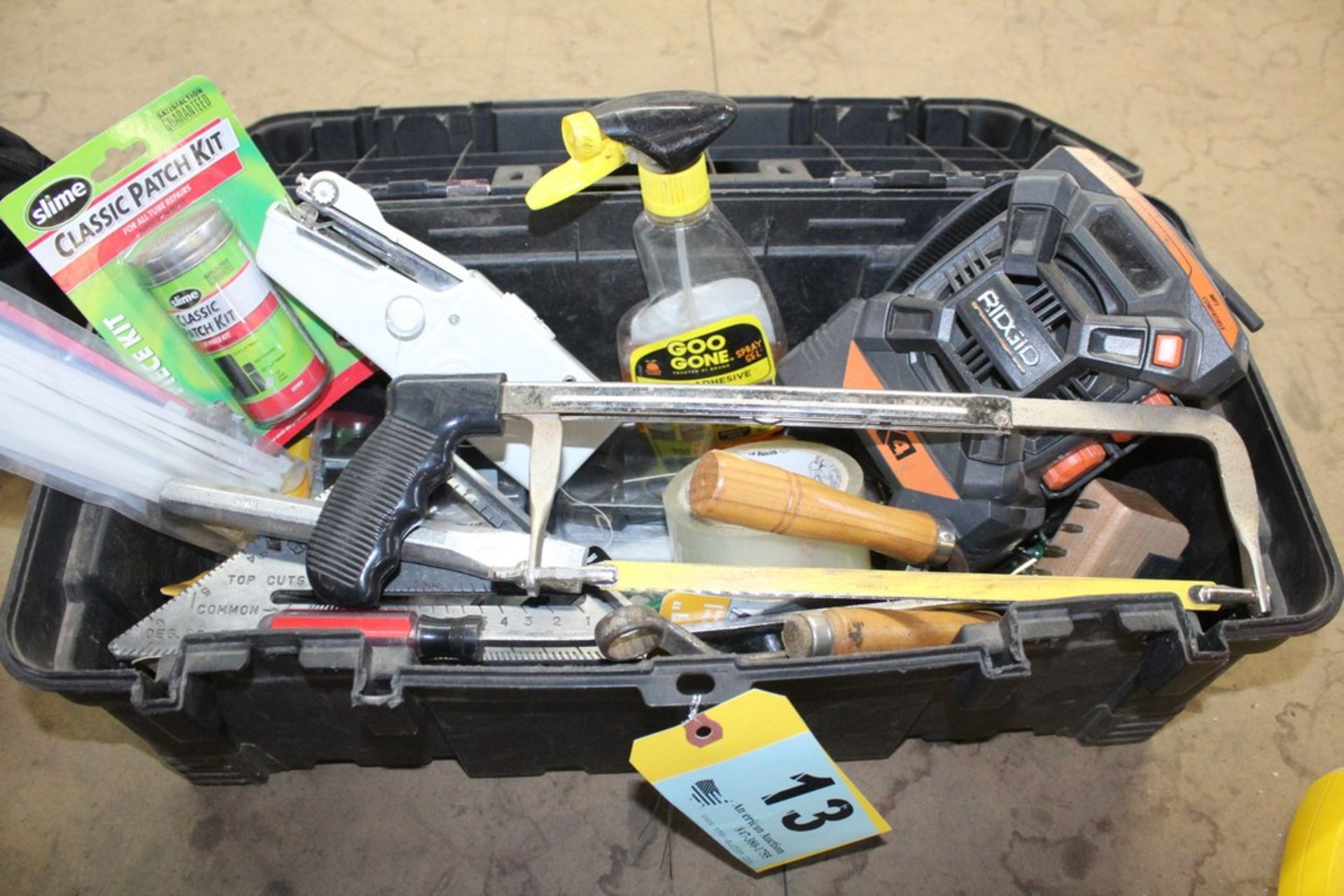 Lot 13 - TOOLBOX WITH ASSORTED TOOLS