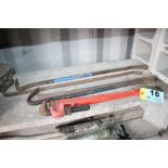 """RIDGID 24"""" PIPE WRENCH AND (4) WRECKING BARS"""