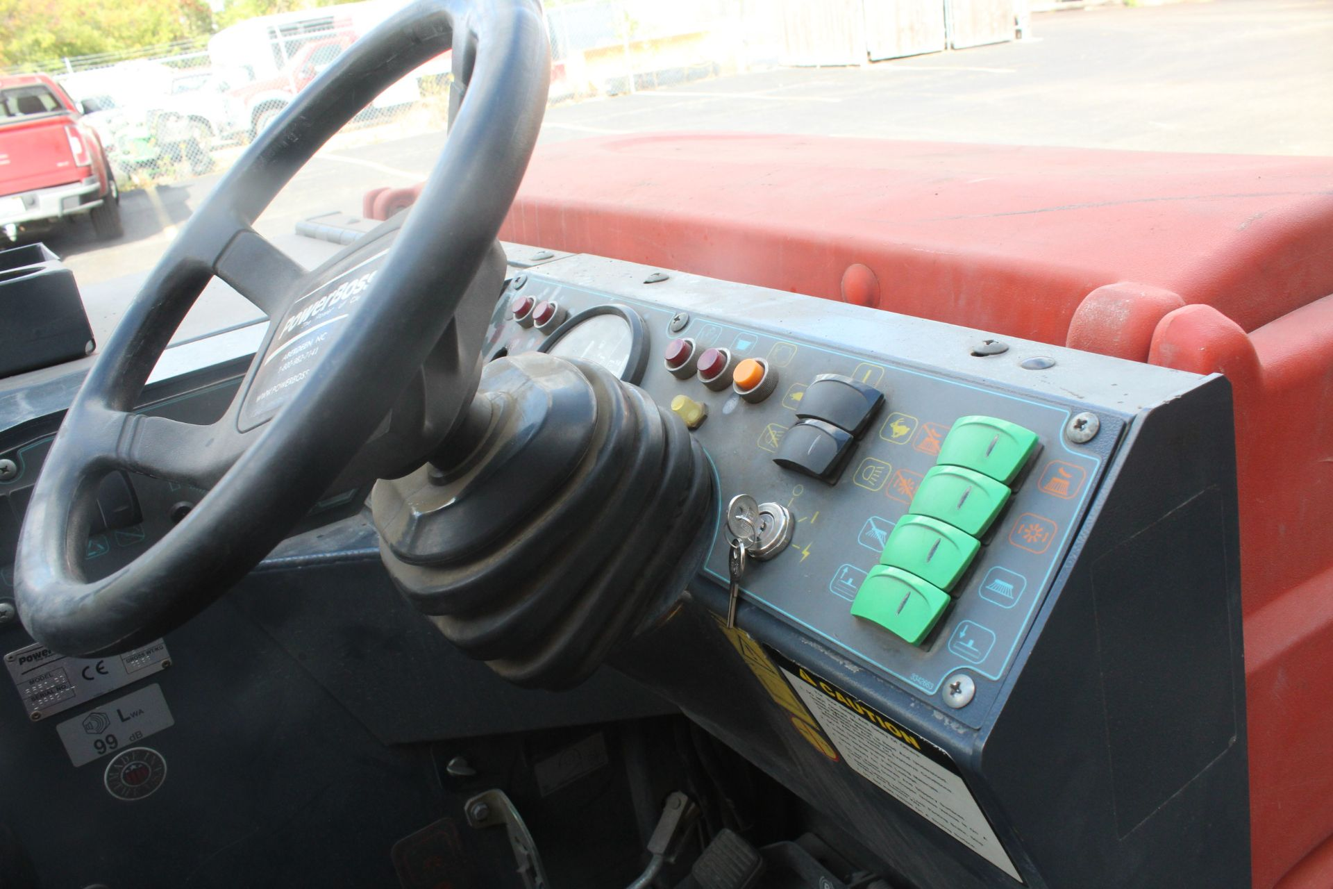 POWERBOSS CORE 50 RIDE ON SWEEPER SCRUBBER - Image 5 of 6