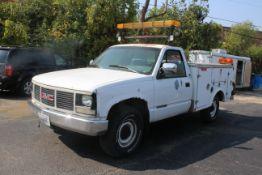 1993 GMC SIERRA 2500, 5.7L V-8, AUTO., TOOL BODY, VIN 1GDGC24K7PE554755, 202,136 MILES SHOWN ON