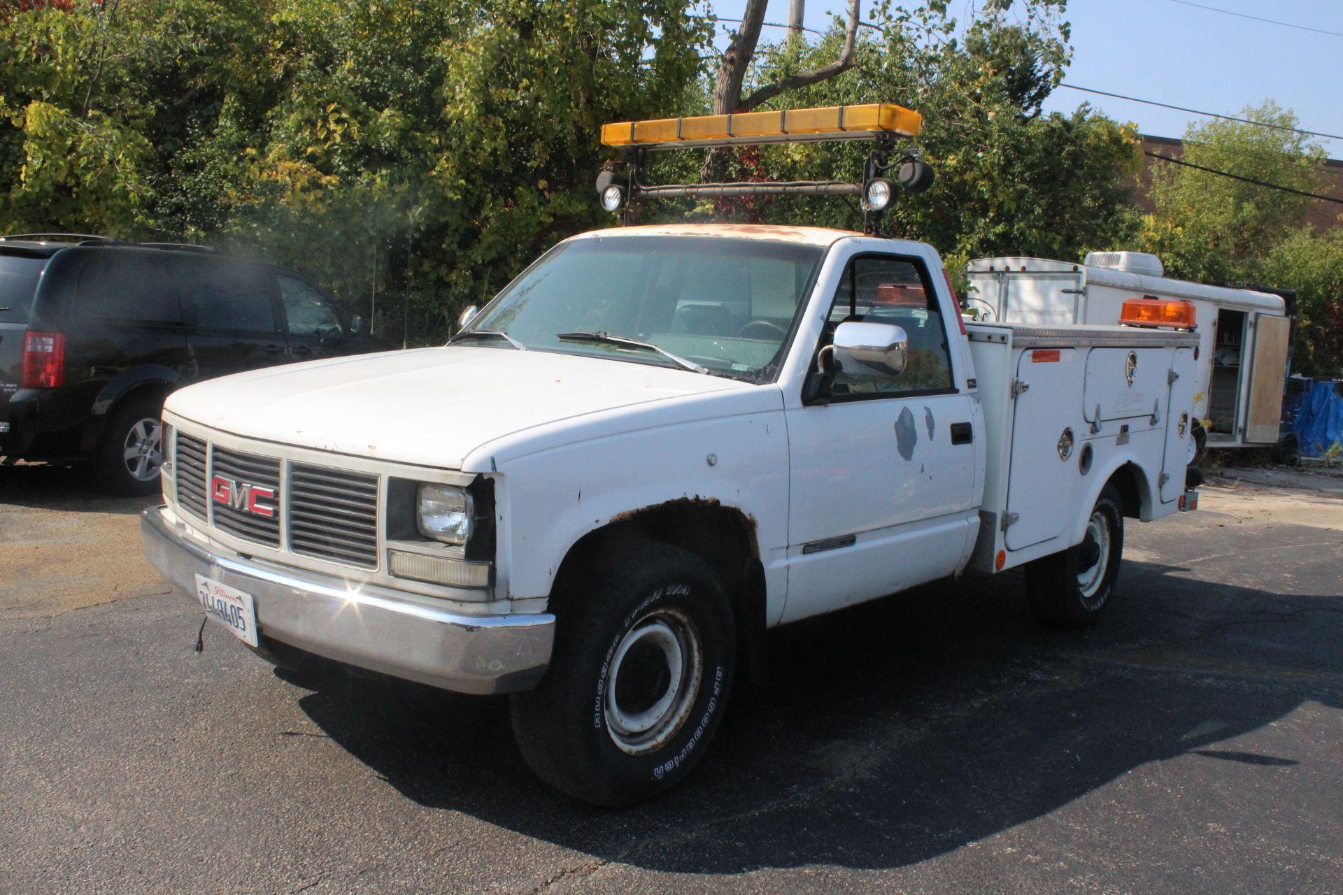 Lot 1 - 1993 GMC SIERRA 2500, 5.7L V-8, AUTO., TOOL BODY, VIN 1GDGC24K7PE554755, 202,136 MILES SHOWN ON