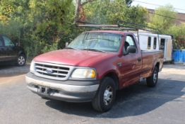 2001 FORD F150 7700 SERIES STANDARD CAB PICKUP TRUCK, 8' BED, 114, 882 MILES SHOWN ON ODOMETER