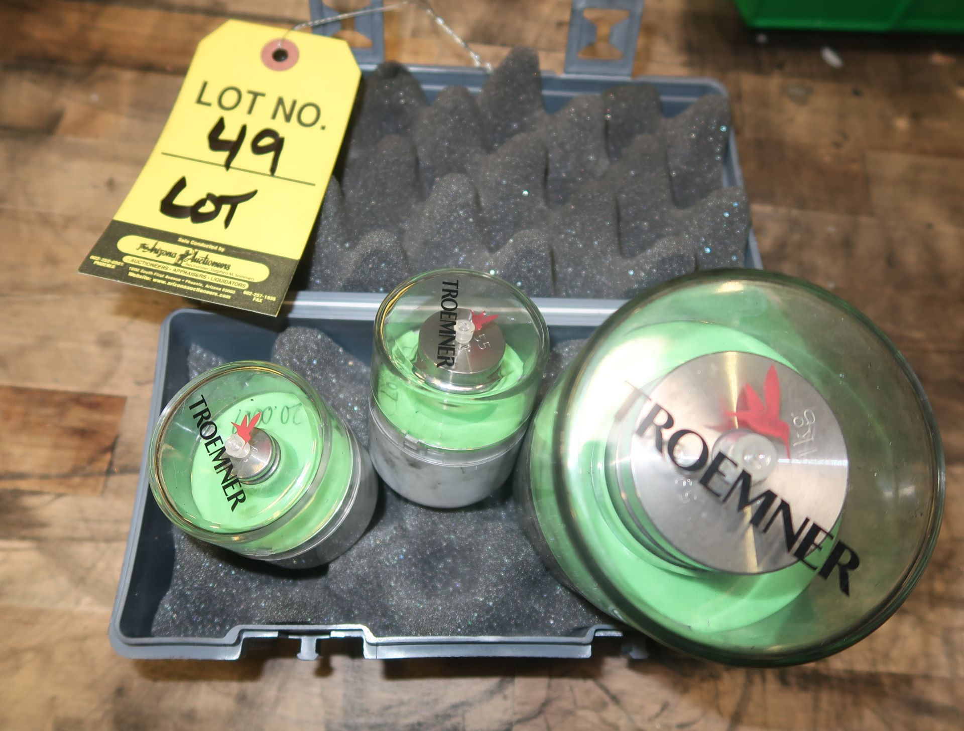 Lot 49 - LOT 3-TROEMNER PRECISION WEIGHTS, 1KG, 100G & 20G