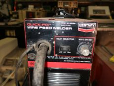 CENTURY QUICK FIX WELDER 110V W/ CART