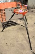Pipe Tri-Stand with Pipe Vise