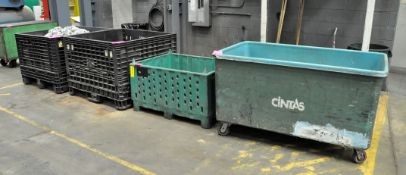 Lot-Clean Gloves and Rags in (2) Collapsible Tubs with (2) Extra Plastic Tubs and (1) Maintenance