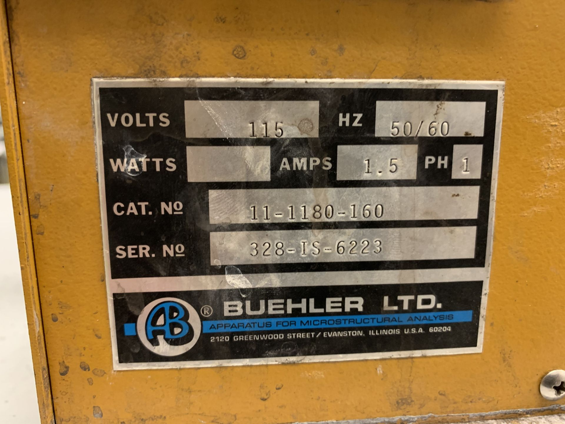 Lot 11 - Buehler Isomet Low Speed Saw