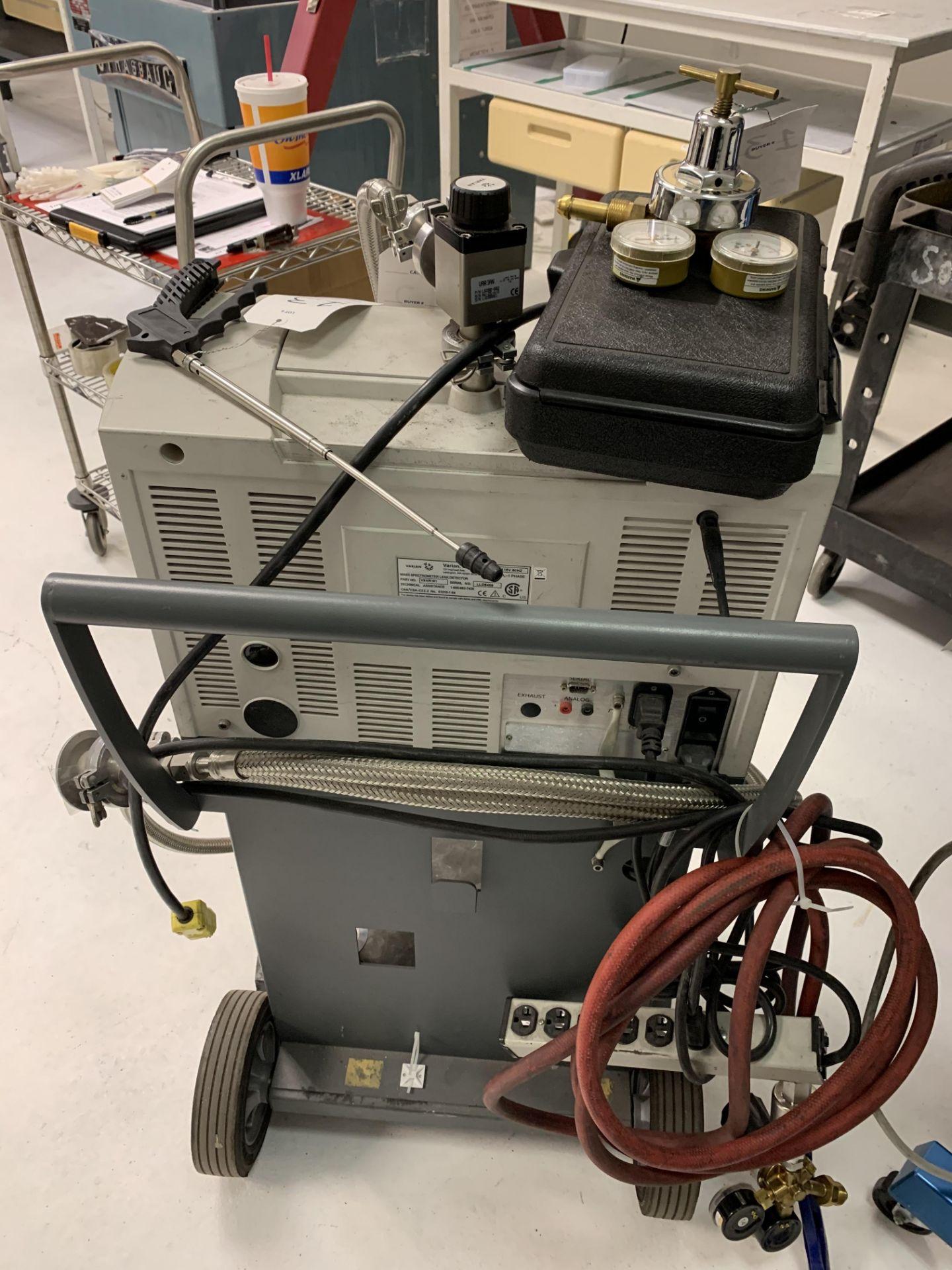 Lot 13 - Varian VSMR151 Mass Spectrometer Leak Detector