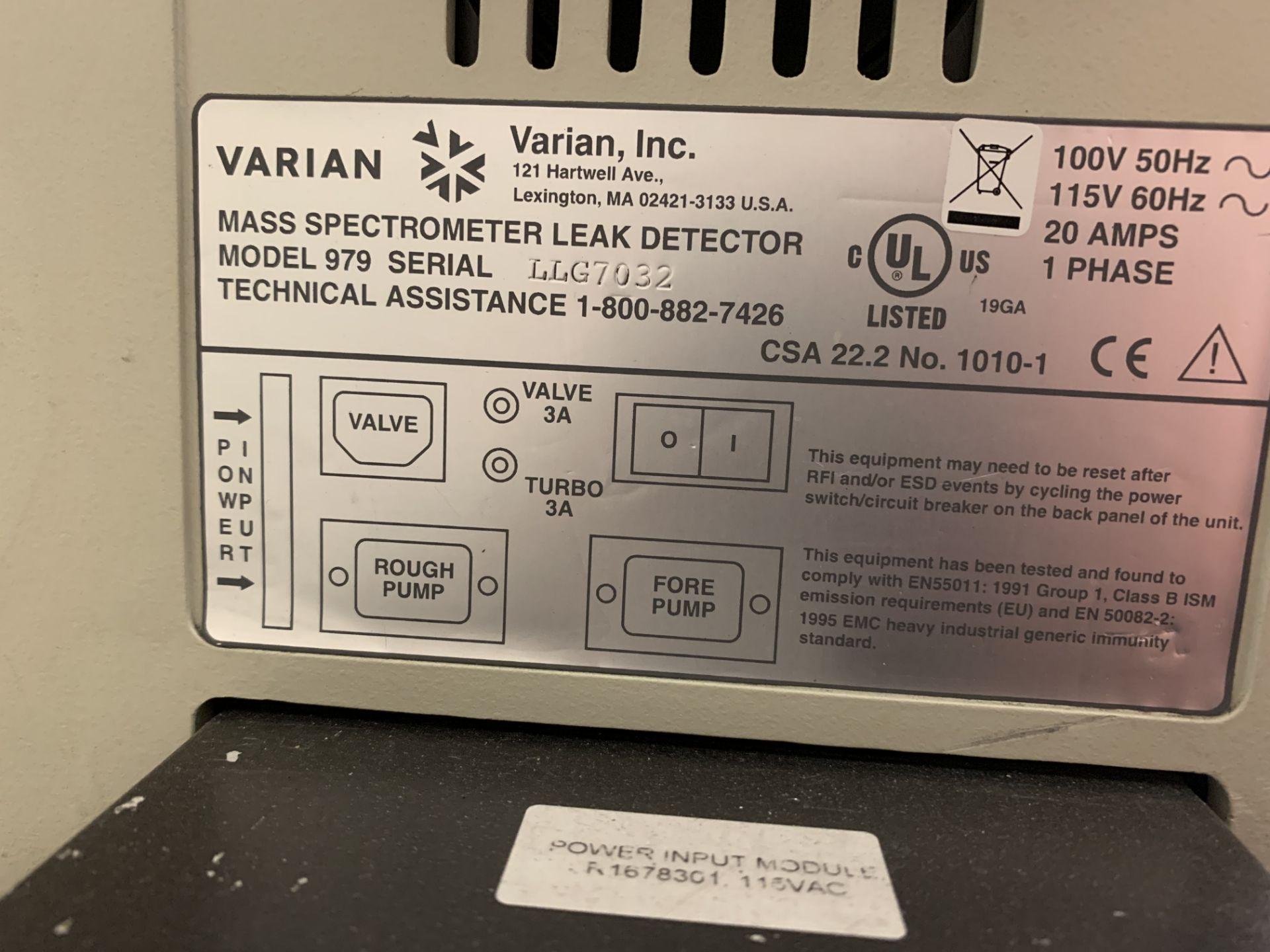 Lot 15 - Varian 979 Helium Leak Detector