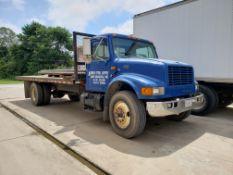 2000 International Navistar 4700 Flatbed Truck