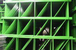 """NEW 15 PCS OF TEARDROP UPRIGHT. SIZE 16'H X 48""""D, 3""""X 3"""" GREEN"""