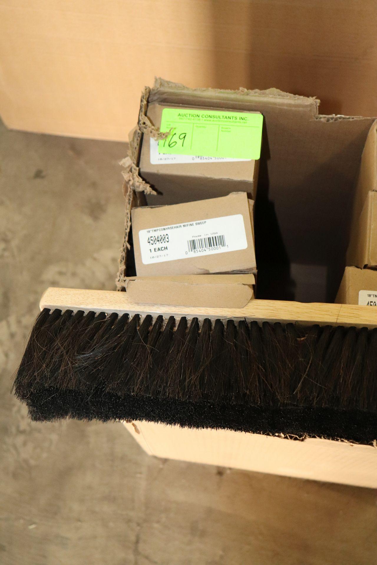 "Lot 169 - Three 18"" horse hair fine sweep heads"