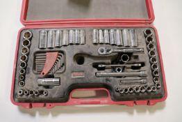 Husky metric and standard wrench set