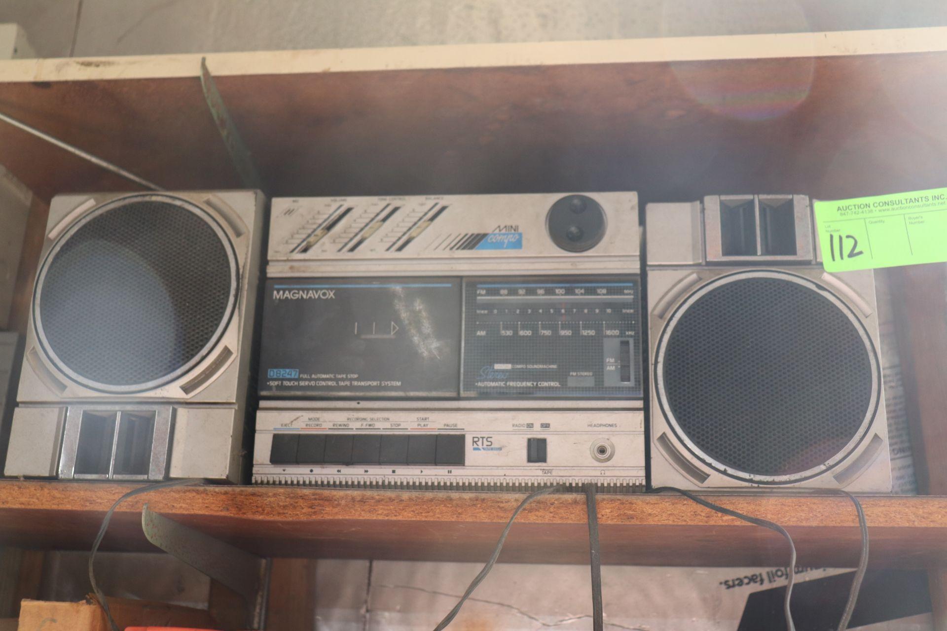 Magnavox Mini Com Pro D8248 stereo system