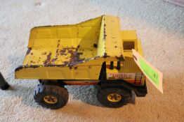 Tonka toy truck