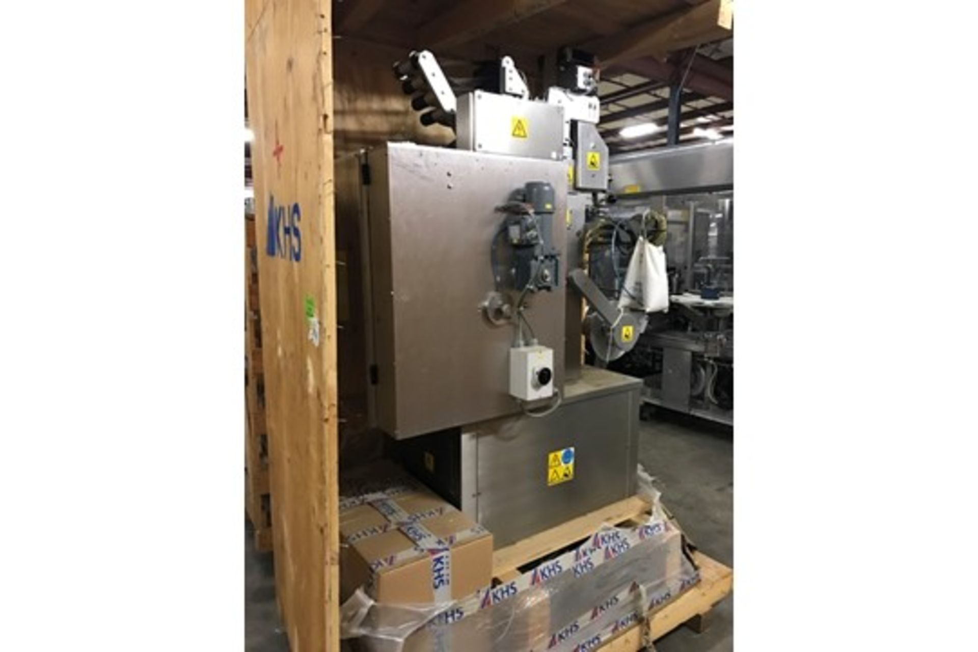 Lot 22 - 2007 Fords Packaging Systems PressStainless Steel Package, Includes Control Panel, Cap Size 33 x 4.