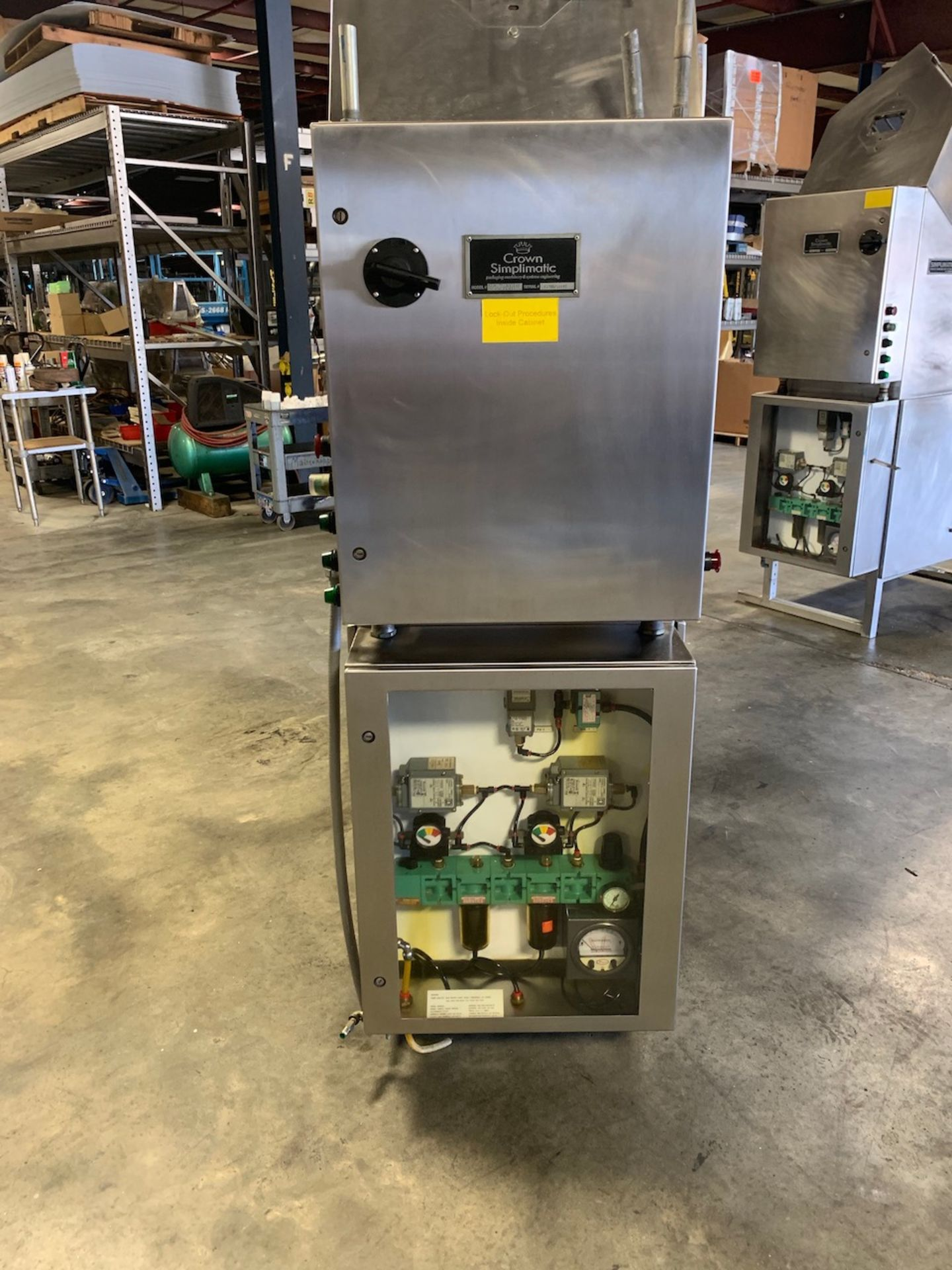 Lot 24 - Crown Simplimatic Gravity Ionized Air Can Rinser