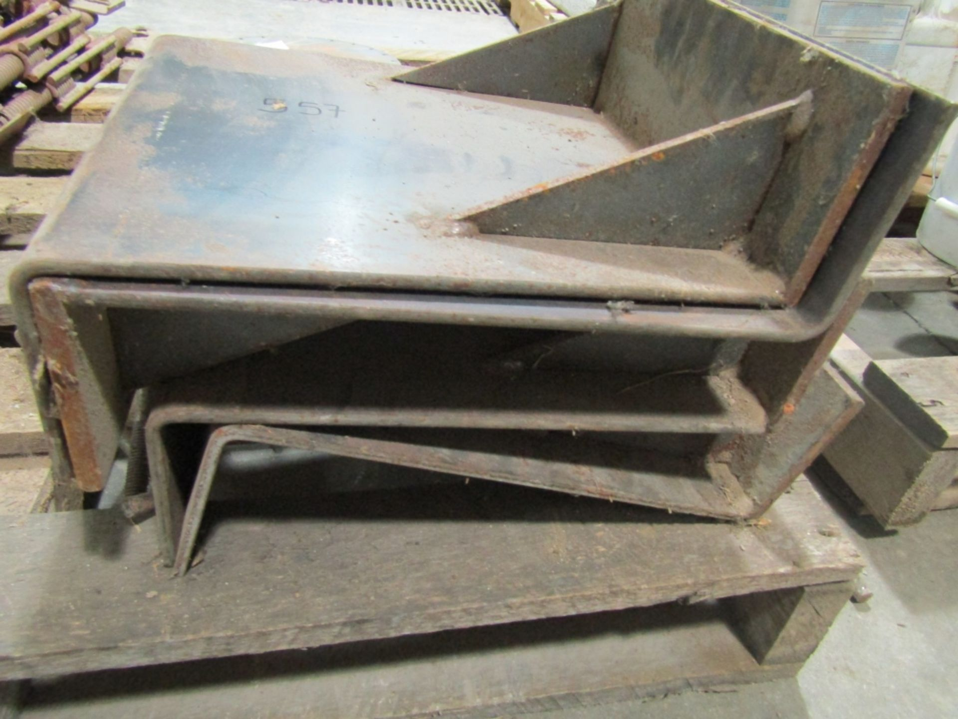 Lot 277 - Beam Plates, Located in Winterset, IA