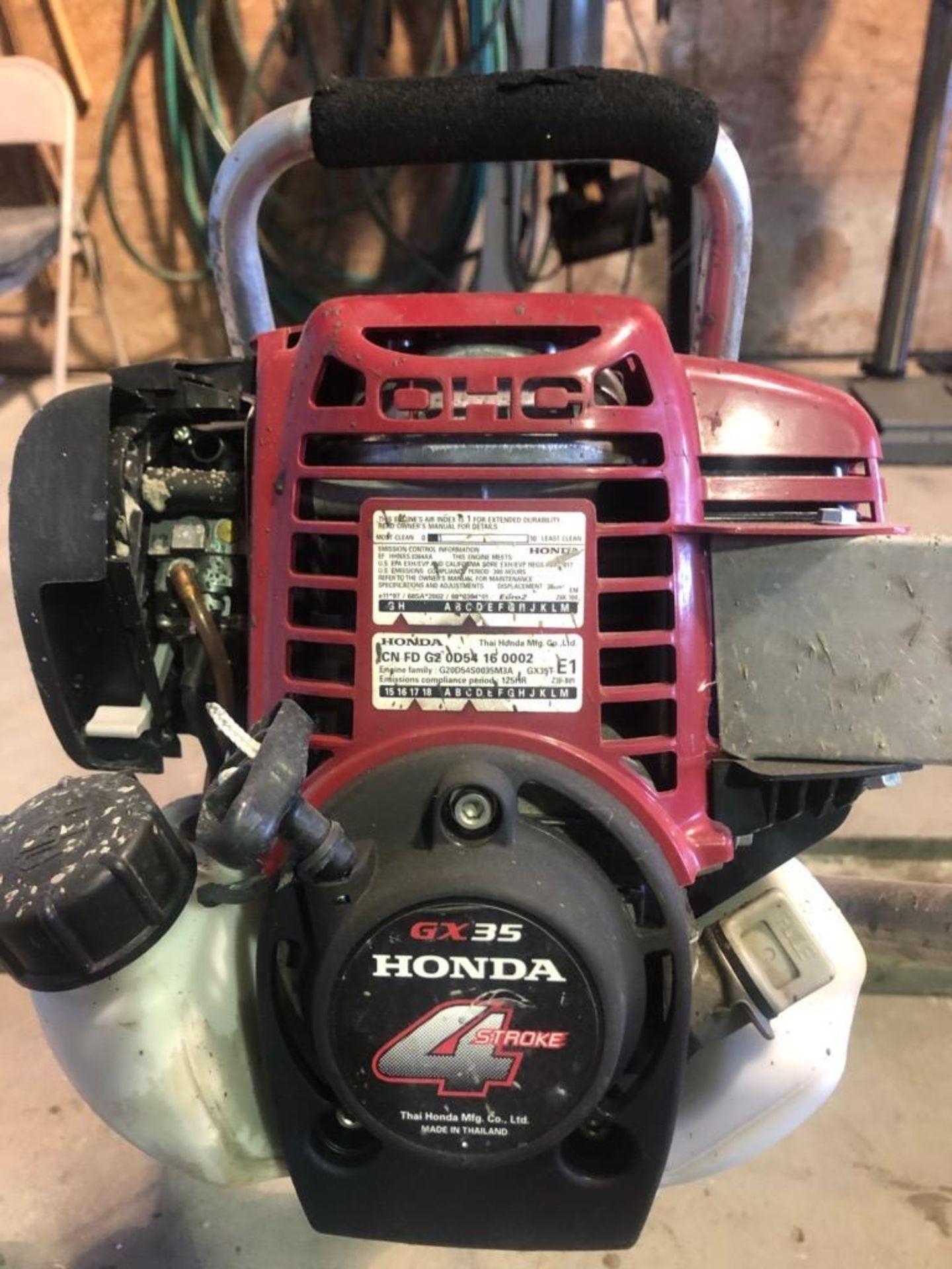 Lot 286 - Honda Vibrating Screed