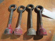 (4) Bell Hooks