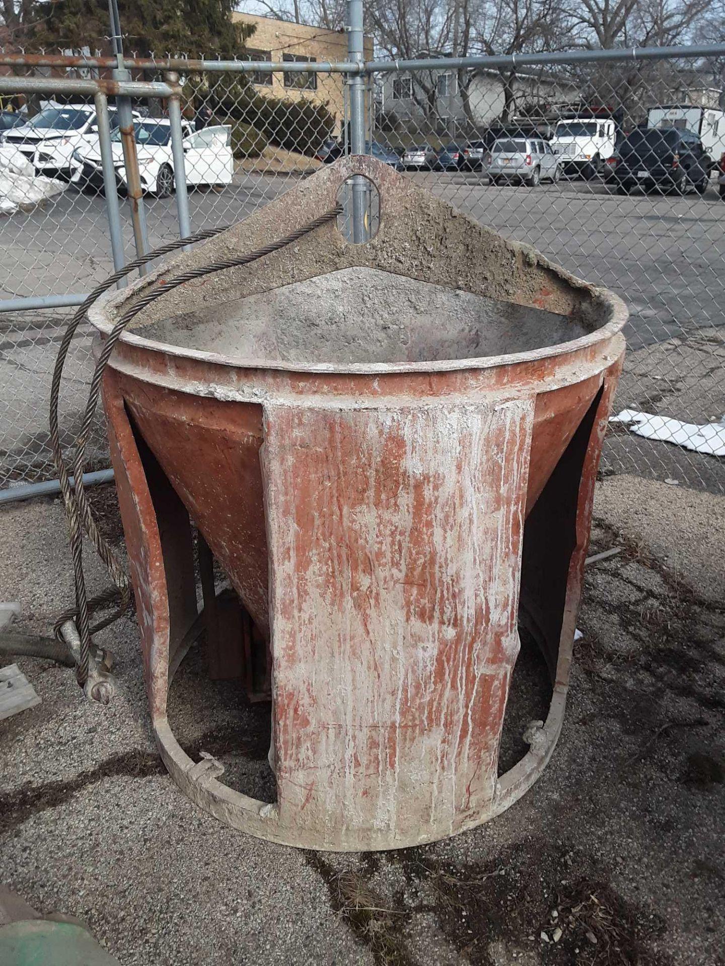 Lot 60 - Concrete Bucket