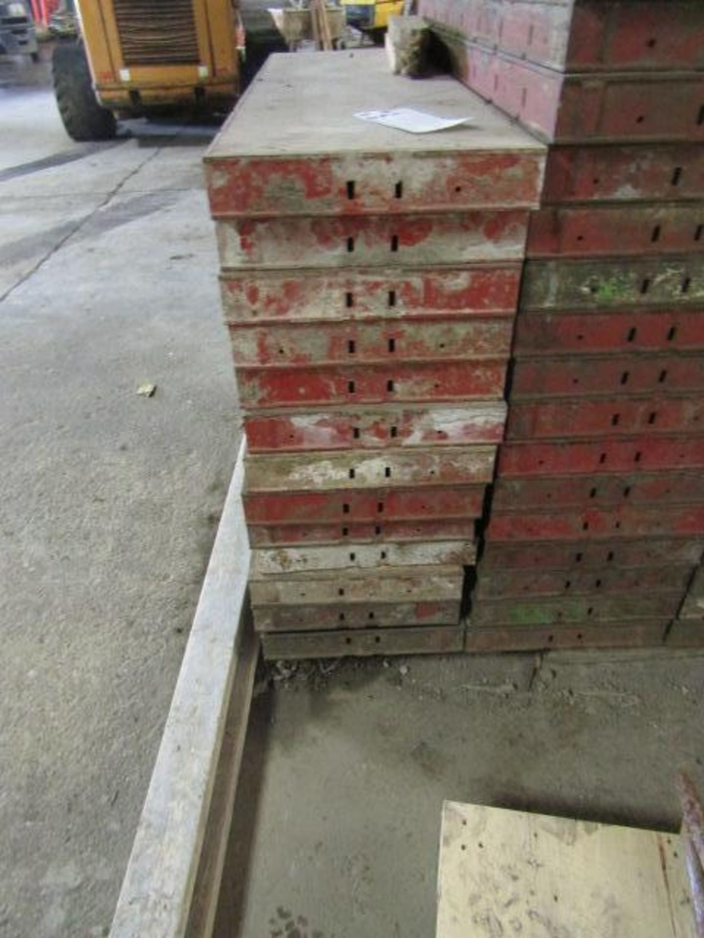 """Lot 226 - (13) 14"""" x 4' Symons Steel Ply Forms"""