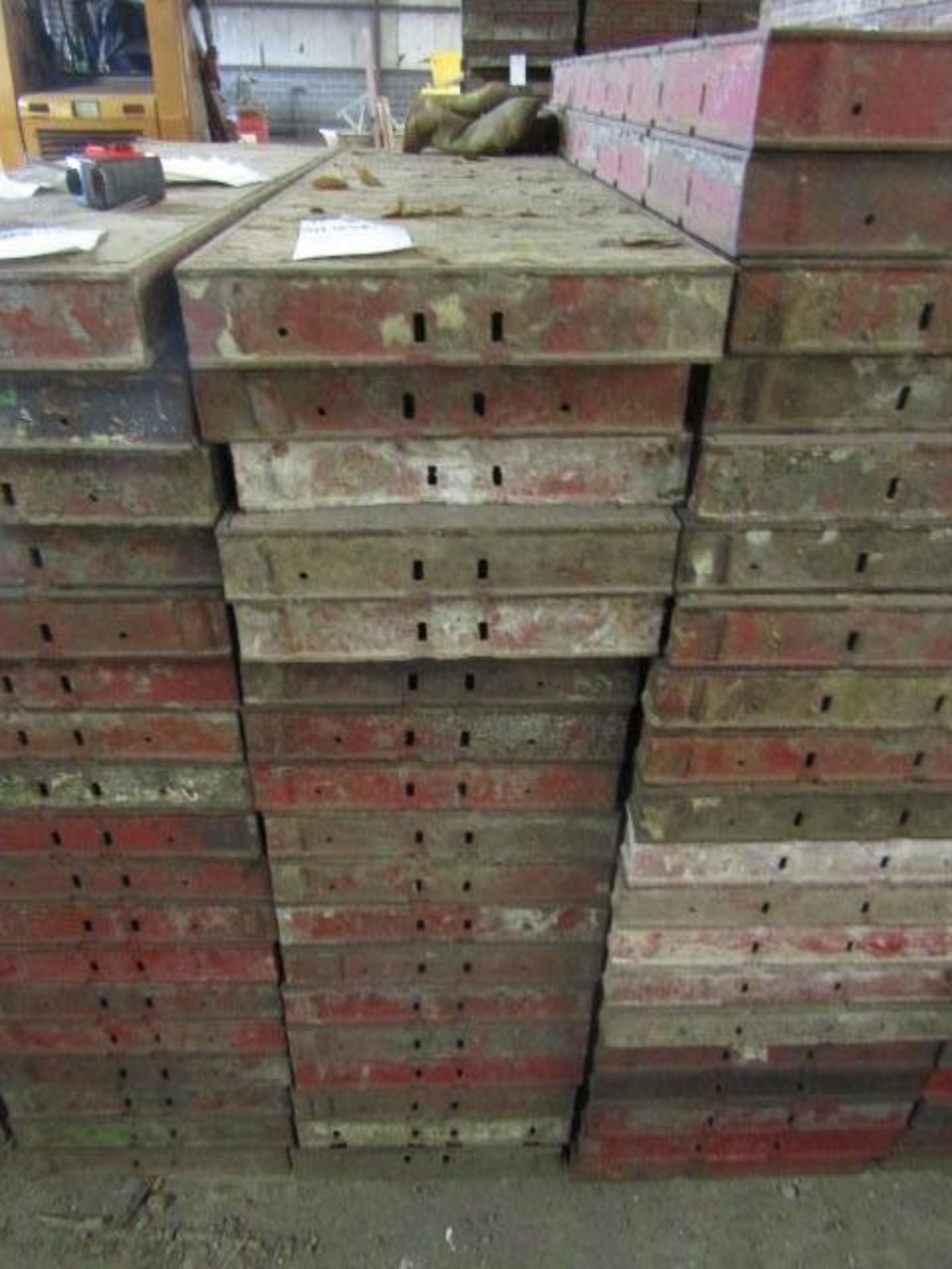 "Lot 224 - (18) 14"" x 4' Symons Steel Ply Forms"