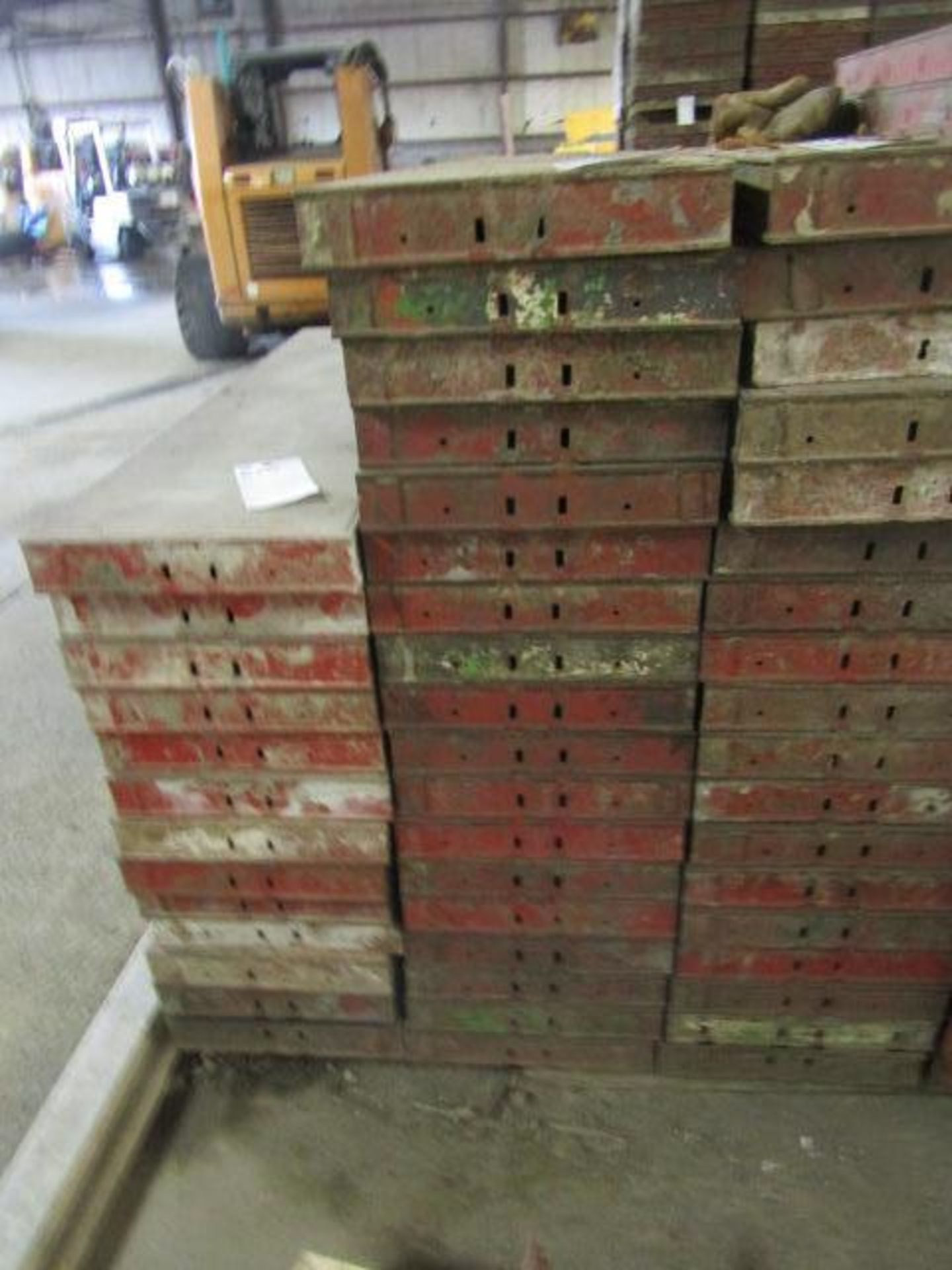 "Lot 225 - (18) 14"" x 4' Symons Steel Ply Forms"