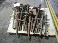 Pallet of (30) Scaffolding Screw Adjustable Jacks