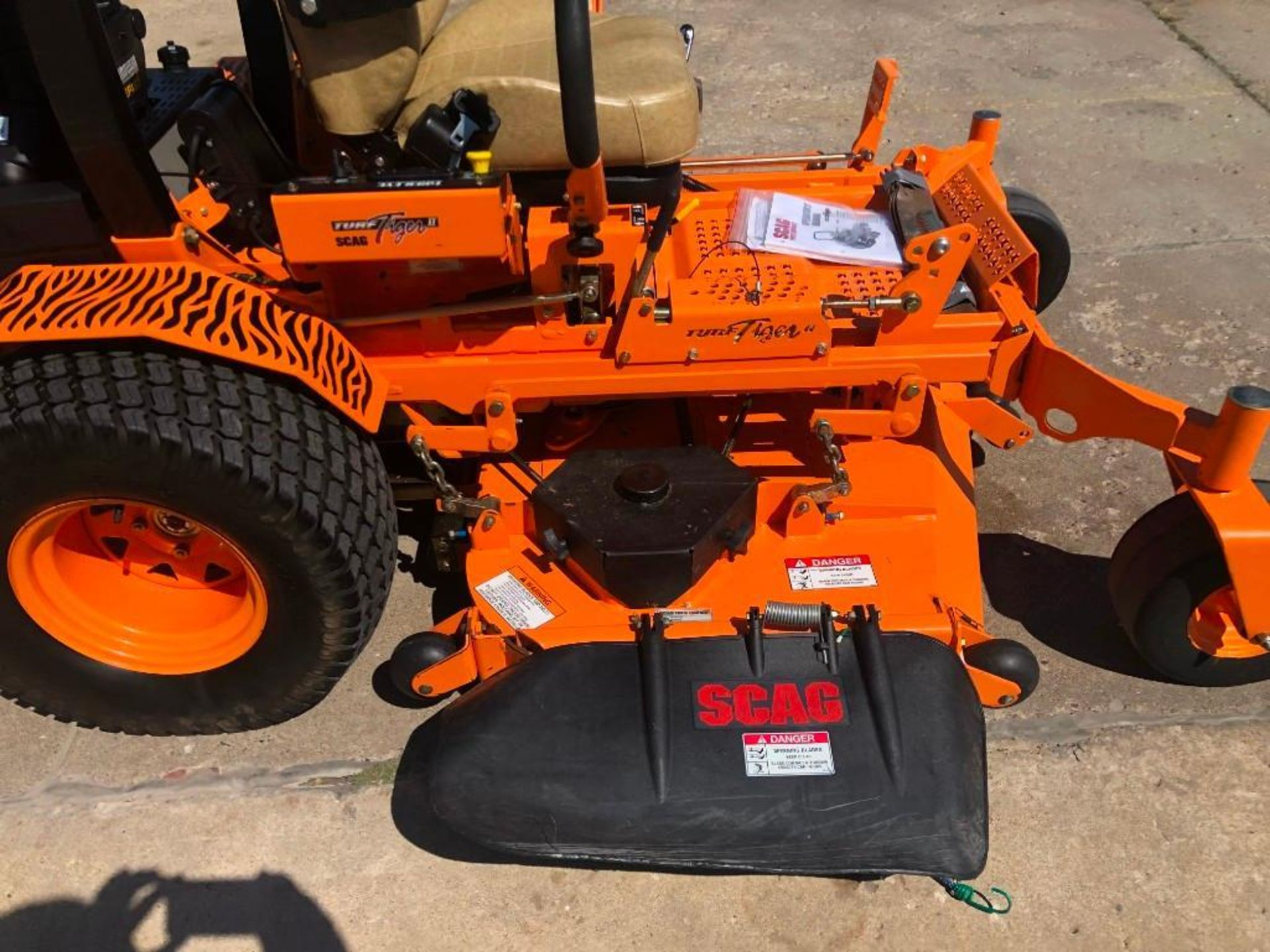 """Lot 982 - 2019 SCAG Turf Tiger II 61"""" Deck, 78 Hours. Located at 301 E Henry Street, Mt. Pleasant, IA 52641"""