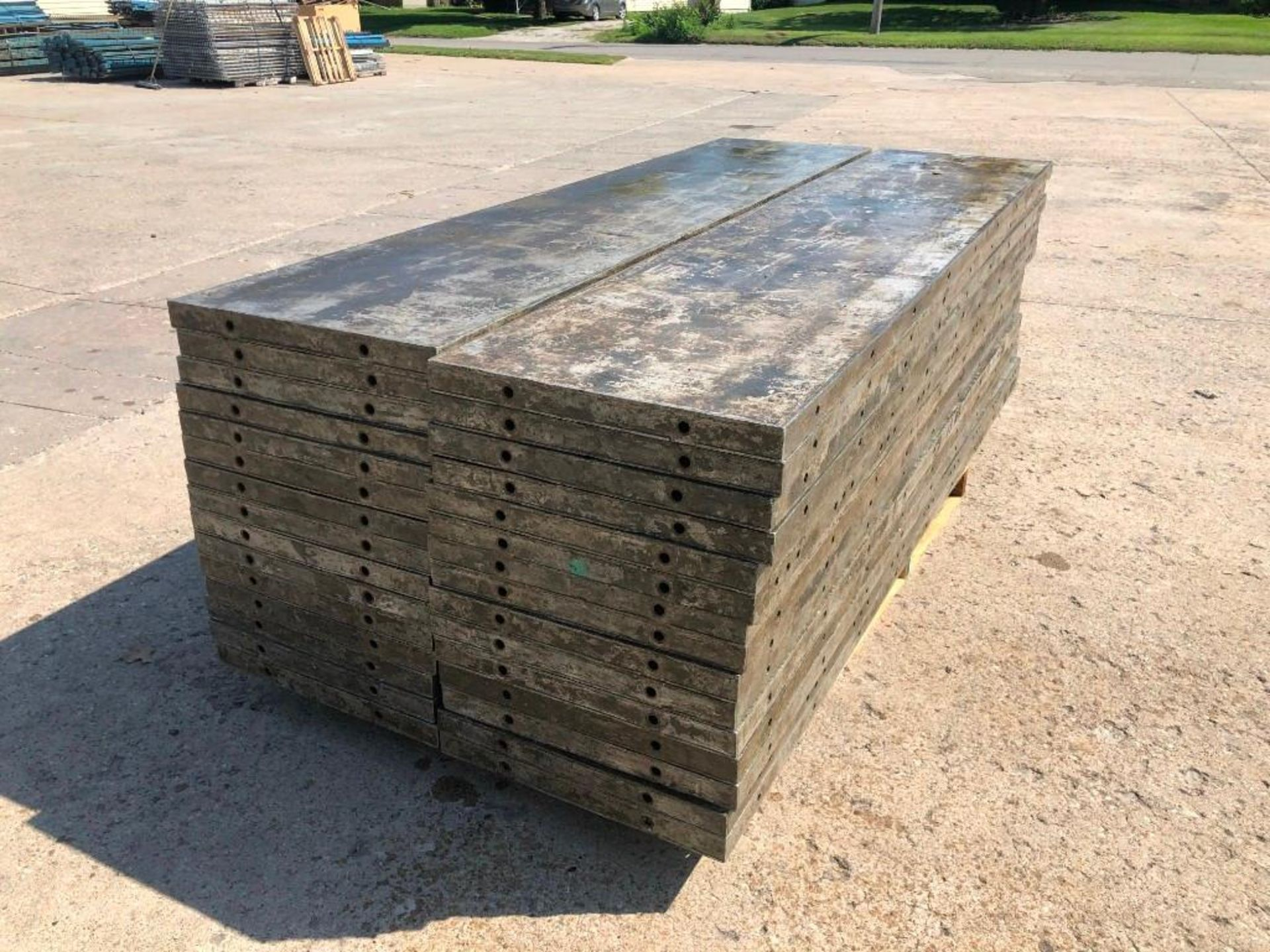 Lot 135 - (30) 2' x 9' Wall-Ties Aluminum Concrete Forms, Laydowns, Smooth 6-12 Hole Pattern. Located at 301 E