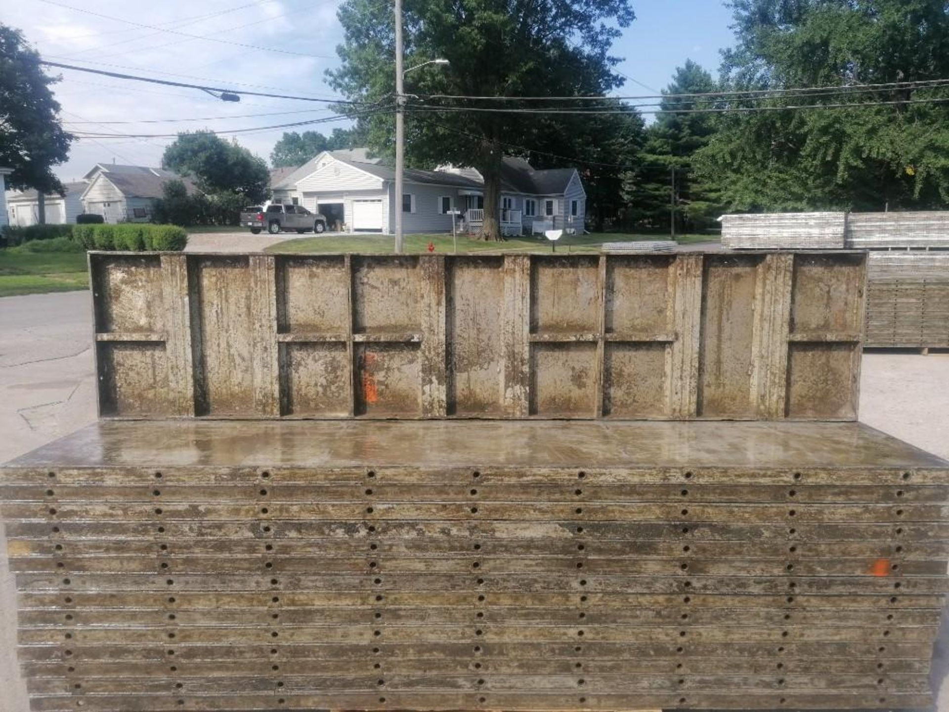 Lot 136 - (30) 2' x 9' Wall-Ties Aluminum Concrete Forms, Laydowns, Smooth 6-12 Hole Pattern. Located at 301 E