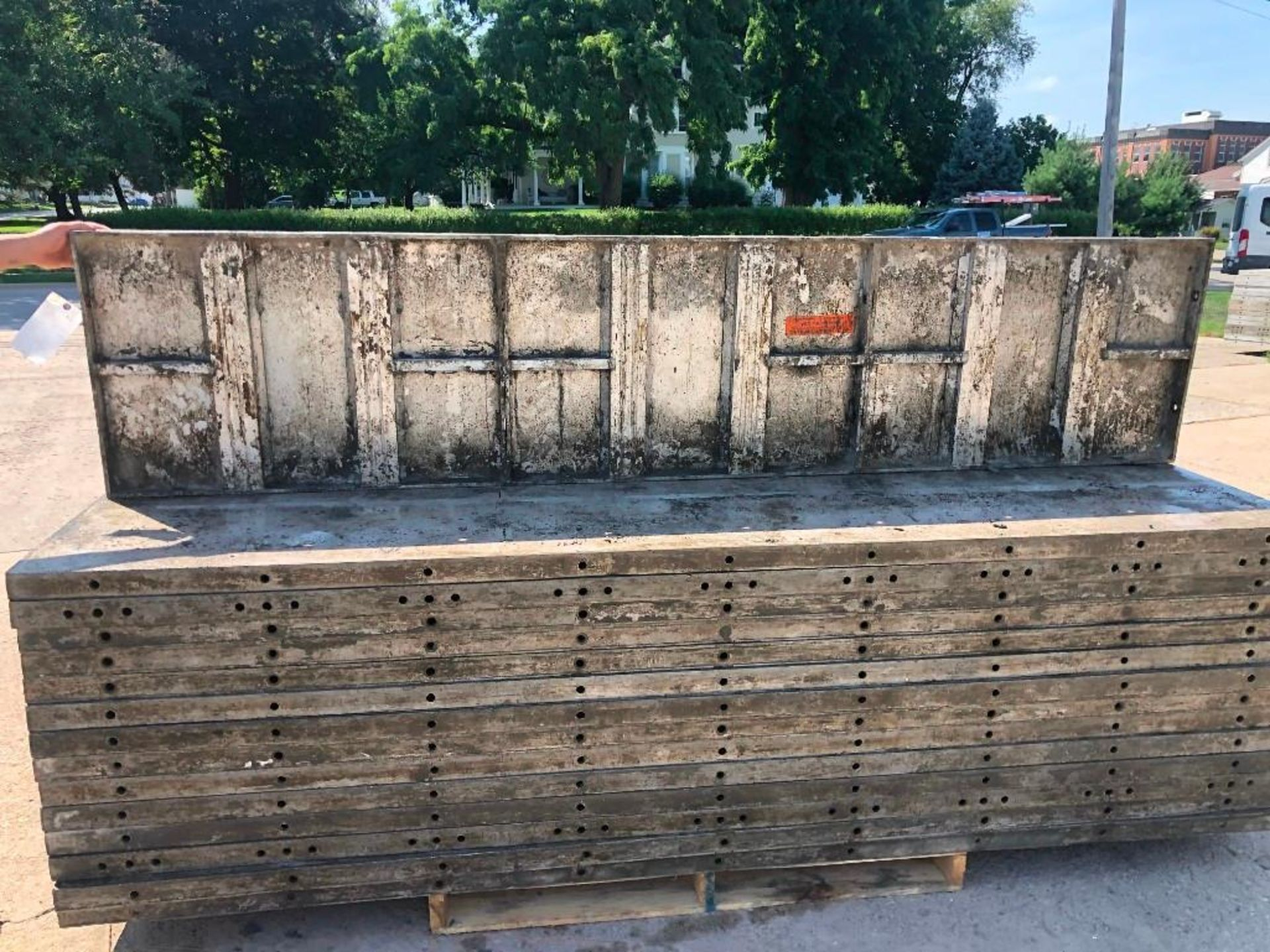 Lot 139 - (30) 2' x 9' Wall-Ties Aluminum Concrete Forms, Laydowns, Smooth 6-12 Hole Pattern. Located at 301 E
