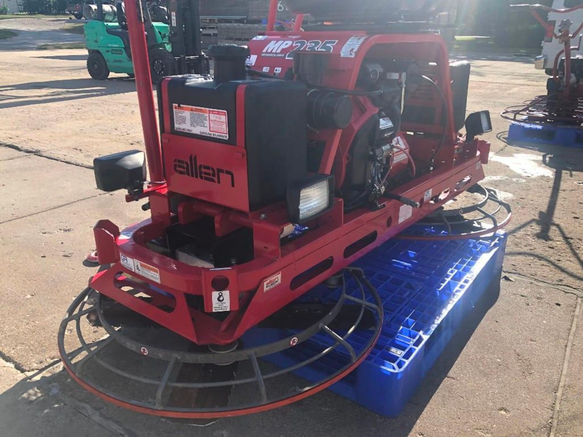 Allen MP235 Edger Riding Trowel, Serial #2350114005, 36.7 Hours, Model MP235. Located at 301 E Henry - Image 3 of 10