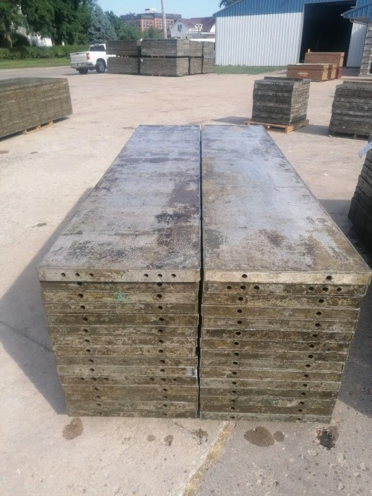 Lot 148 - (30) 2' x 9' Wall-Ties Aluminum Concrete Forms, Laydowns, Smooth 6-12 Hole Pattern. Located at 301 E