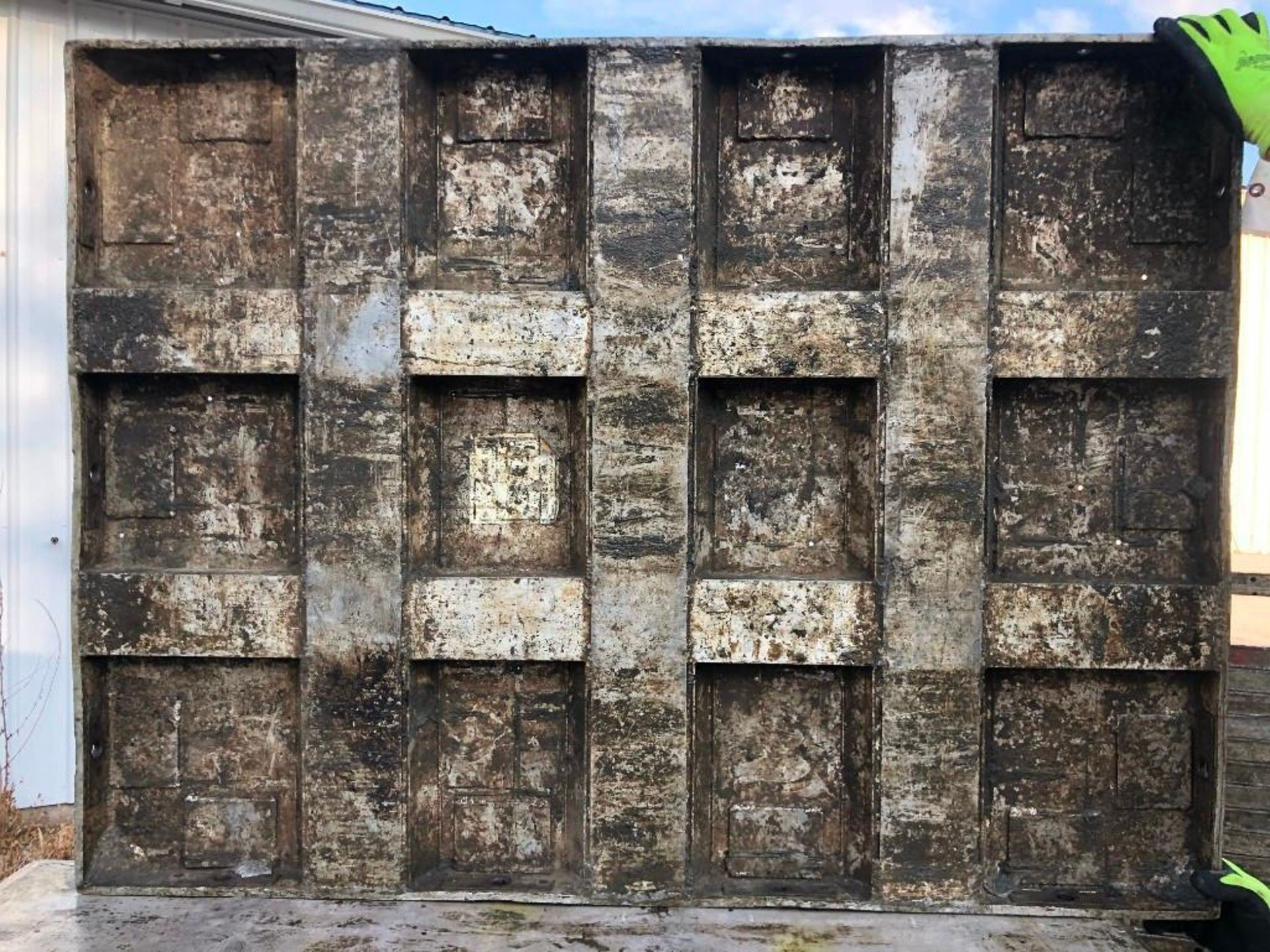 Lot 380 - (20) 3' x 4' Wall-Ties Aluminum Concrete Forms, Laydowns, Smooth 6-12 Hole Pattern. Located at 301 E