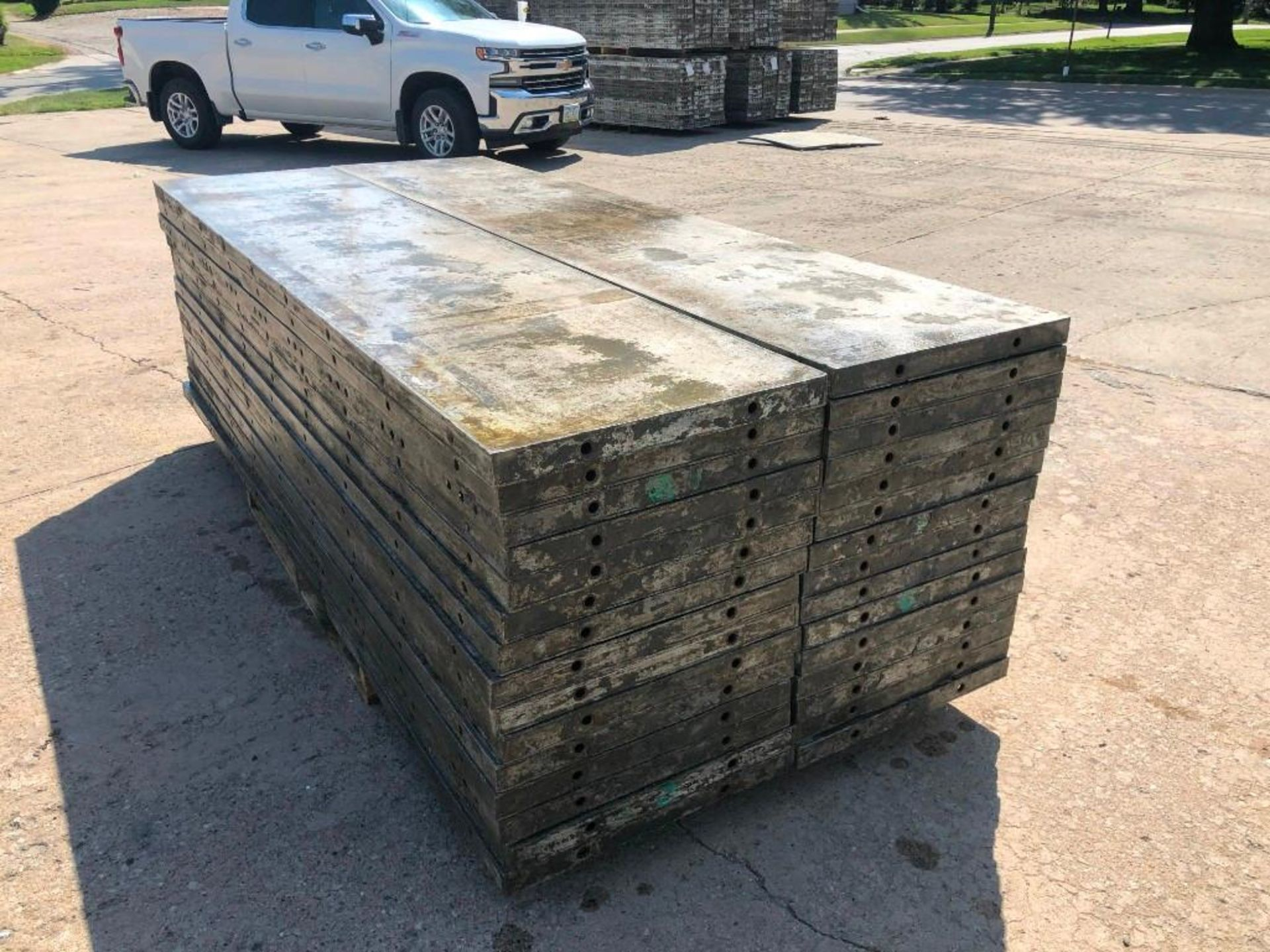 Lot 138 - (30) 2' x 9' Wall-Ties Aluminum Concrete Forms, Laydowns, Smooth 6-12 Hole Pattern. Located at 301 E
