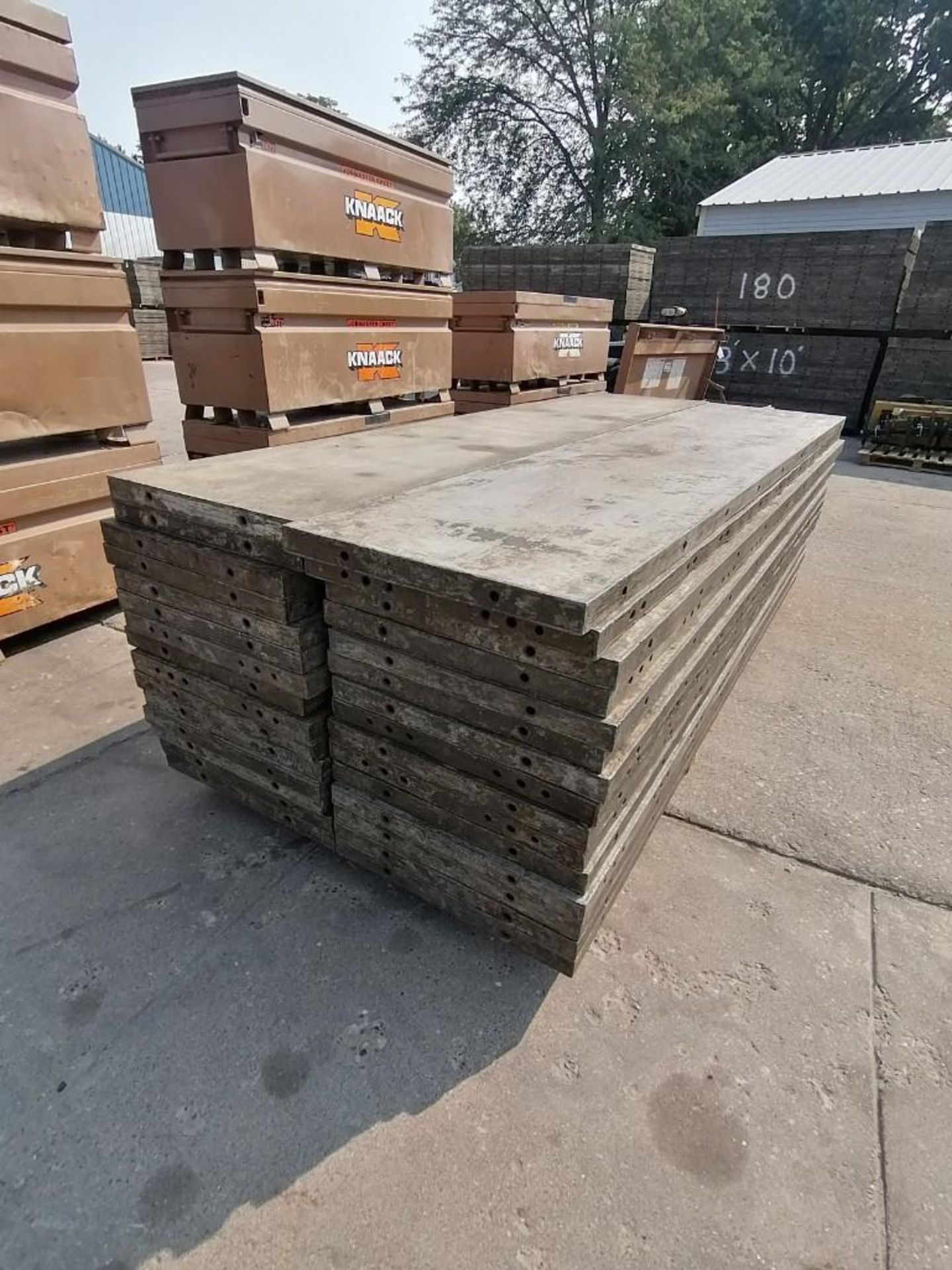 Lot 140 - (30) 2' x 9' Wall-Ties Aluminum Concrete Forms, Laydowns, Smooth 6-12 Hole Pattern. Located at 301 E