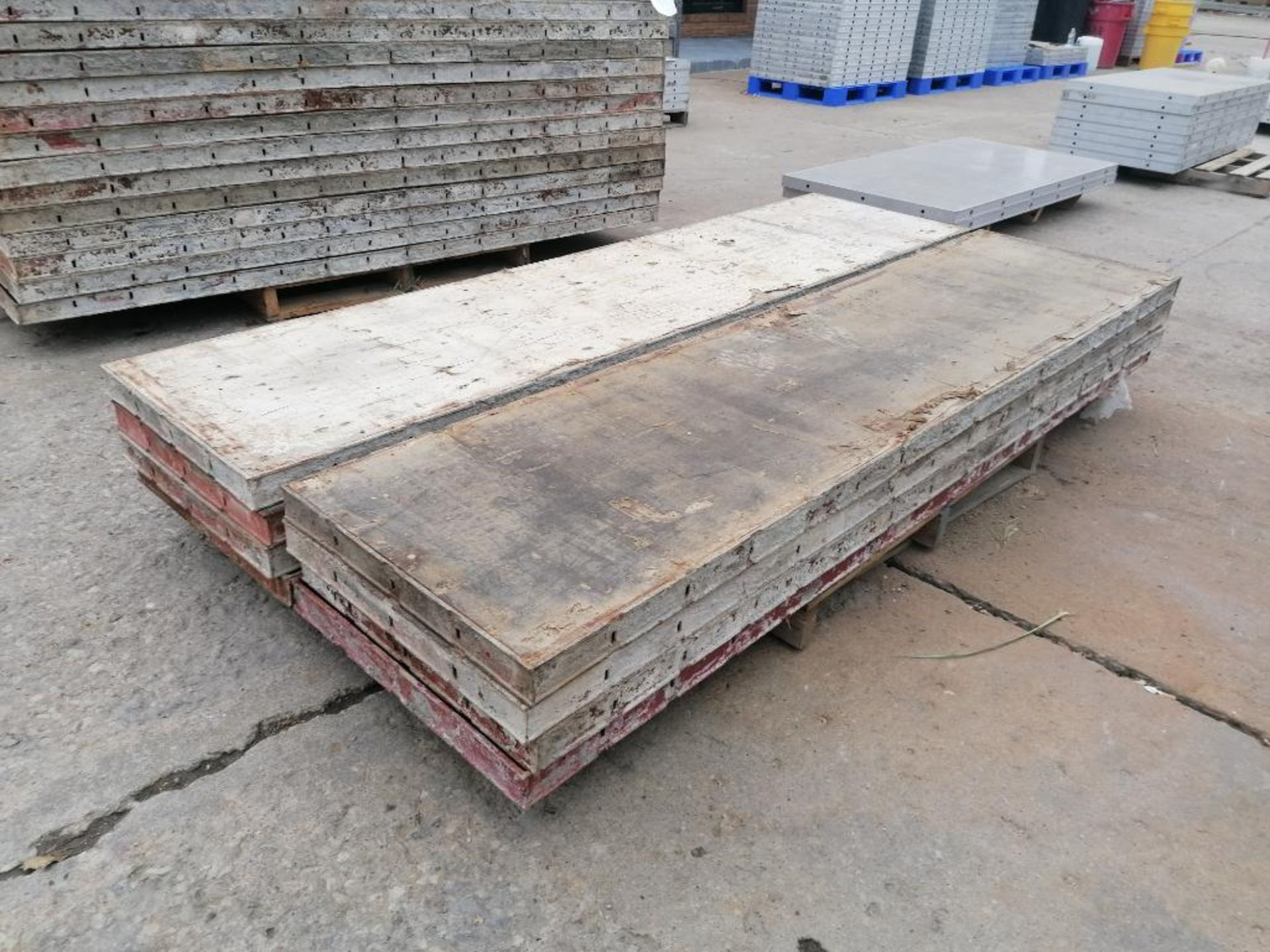 (8) 2' x 8' Ellis Steel Ply Forms. Located in Mt. Pleasant, IA - Image 4 of 5