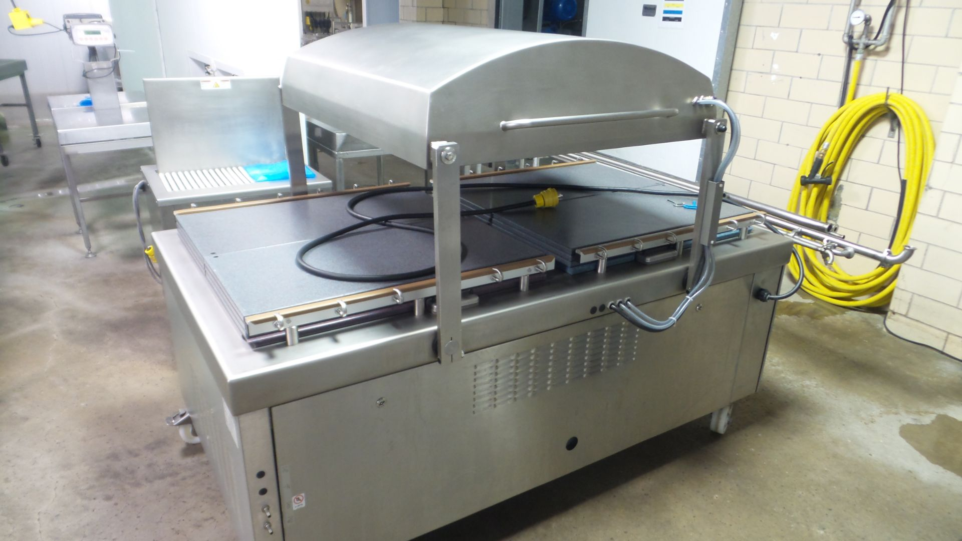 Lot 25 - Multivac Mdl. C550 Chamber Packaging Machine, Ser. #255939, mfg. 2018, 220 volts, 3 phase, 36 1/2""
