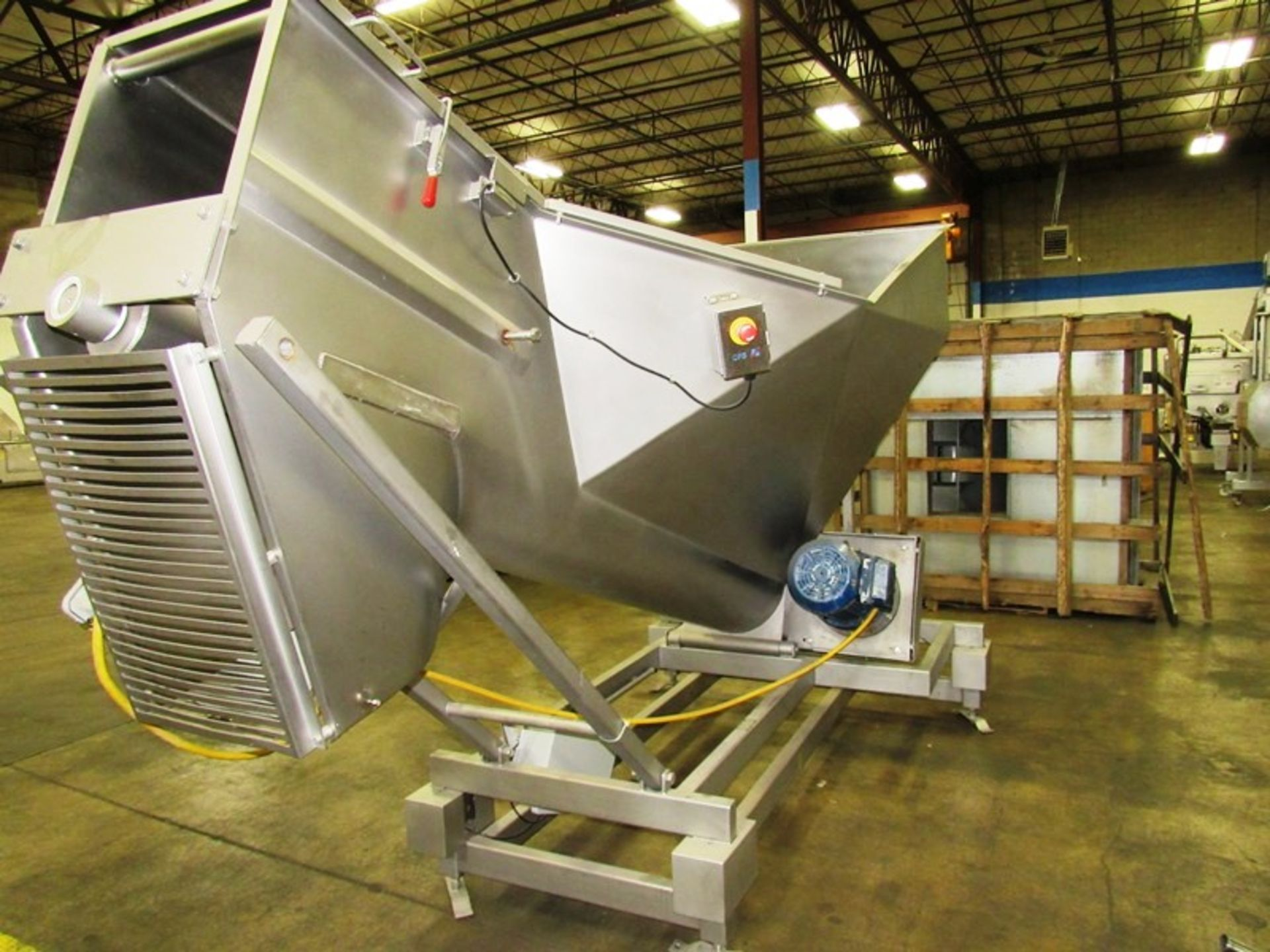 """Stainless Steel Screw Loader, 16"""" Dia. X 8' L stainless steel screw, 5' W X 5' L load hopper, 15 h. - Image 4 of 7"""
