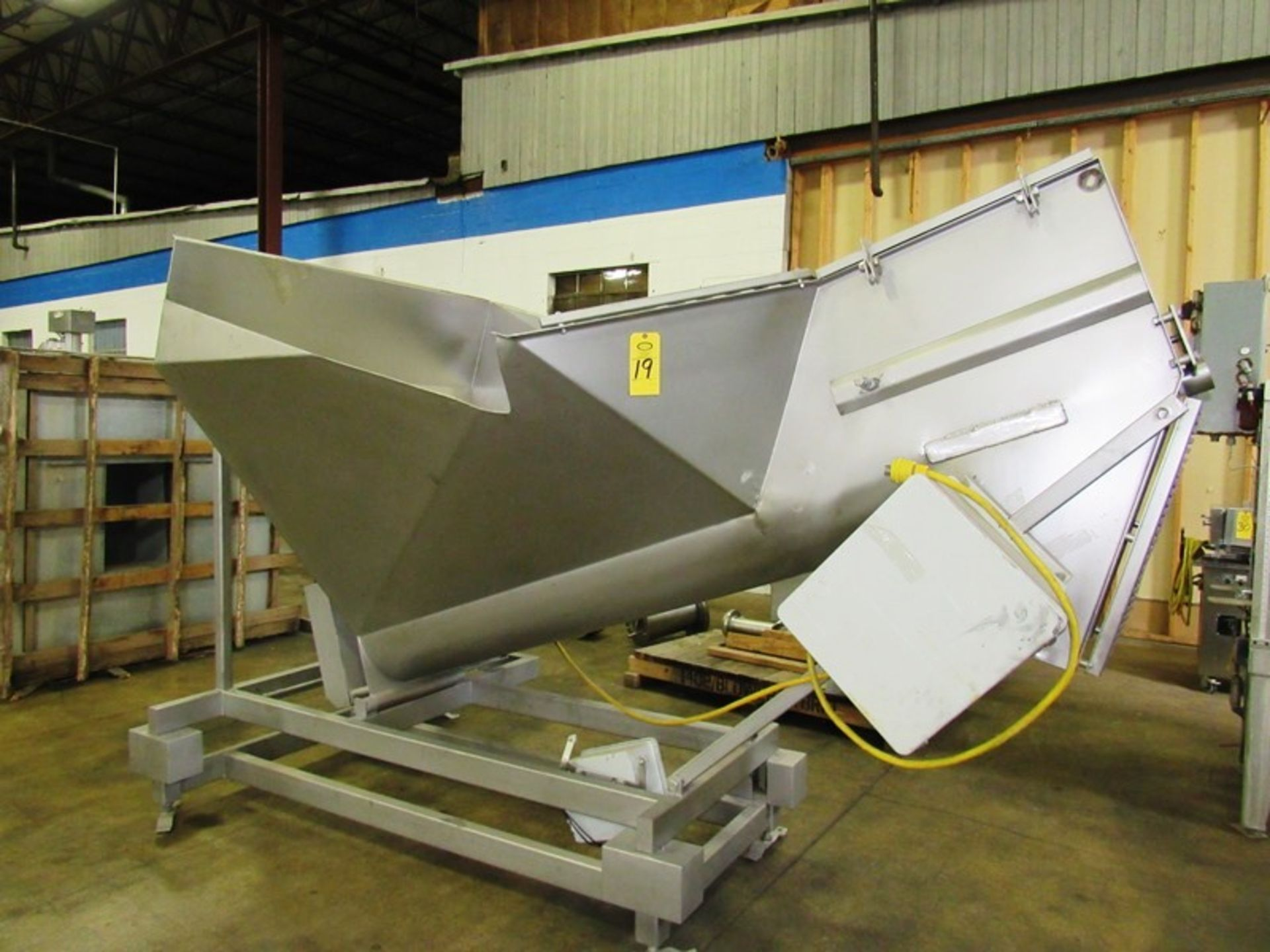 """Stainless Steel Screw Loader, 16"""" Dia. X 8' L stainless steel screw, 5' W X 5' L load hopper, 15 h. - Image 3 of 7"""