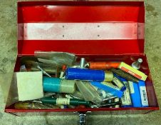 DESCRIPTION METAL TOOL BOX W/ ASSORTED TAP AND DIE LOCATION BASEMENT THIS LOT IS ONE MONEY QUANTITY