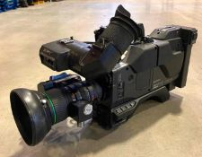 DESCRIPTION SONY CA-537 HYPERHAD VIDEO CAMERA WITH CASE & ACCESSORIES AS SHOWN LOCATION WAREHOUSE QU